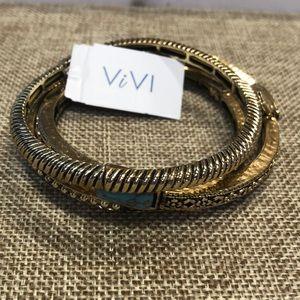 Set of 3 ViVI gold turquoise stretch bangles! NWT